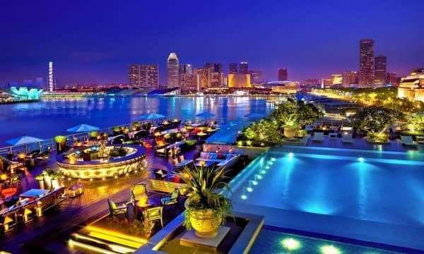 Những địa điểm không thể bỏ qua khi đến Đà Nẵng.
