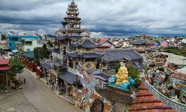 Chùa Linh Phước kiến trúc độc đáo ở Đà Lạt