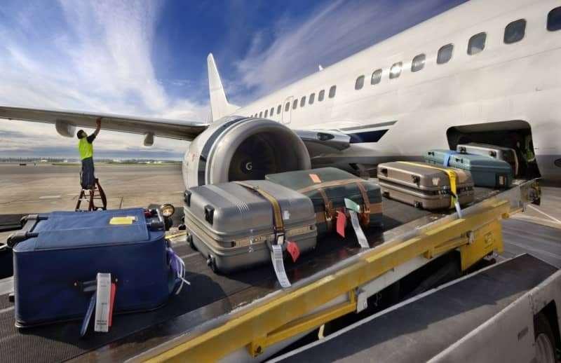 Lý do hành lý xách tay máy bay phải nhỏ hơn 7kg