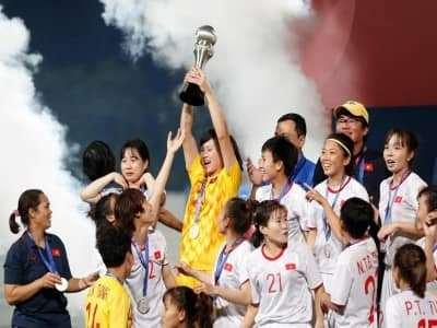 Tuyển nữ Việt Nam vô địch AFF Cup 2019