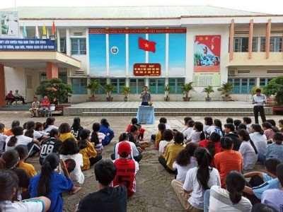 Lâm Đồng: Cách ly một học sinh sốt cao.