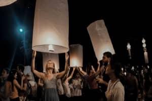 Đến Thái Lan, nhất định phải xem lễ hội đèn trời Yee Peng