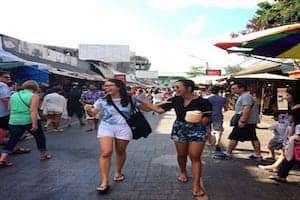 'Tung hoành' chợ đêm Chatuchak tại Bangkok
