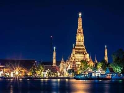 Trải nghiệm ở những khu mua sắm nổi tiếng khi đến Bangkok