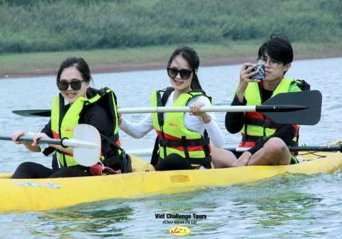 Trekking và chèo kayak tại Đà Lạt
